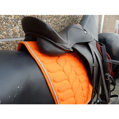 Kit de selle en cuir marron (Tapis Orange)
